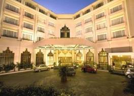 ザ チャンセリー ホテル