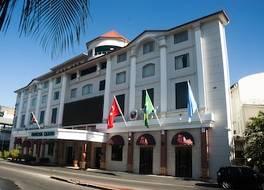 ラマダ パラマリボ プリンセス ホテル 写真