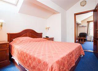 ホテル ドゥーブロヴニク 写真