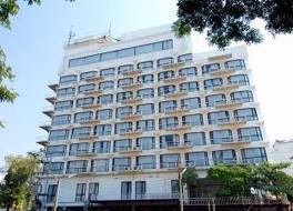 C H ホテル