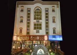 アマール ヤトリ ニワス ホテル