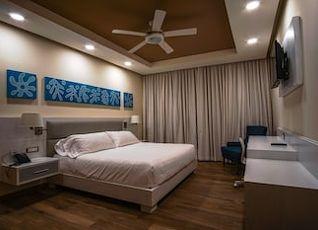 サタマ ホテル 写真