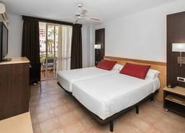 ホテル カタロニア オロ ネグロ 写真