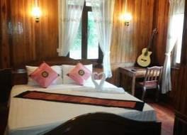 ナムカン リバーサイド ホテル 写真