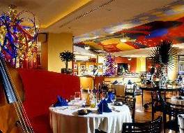 ホテル ムリア セナヤン ジャカルタ 写真
