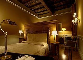 Hotel Corona d'Oro 写真