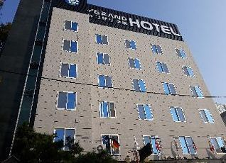 ニュー グランド ホテル 写真