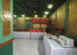オリエンタル パレス ホテル 写真
