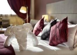 ブラビア ホテル ワガドゥグー