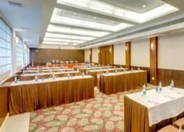 ホテル ヒンドゥスタン インターナショナル 写真