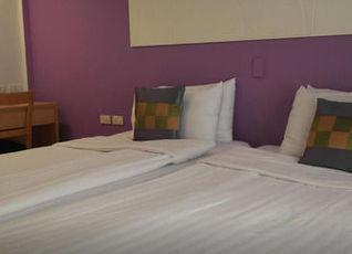ナントラ デ コンフォート ホテル 写真