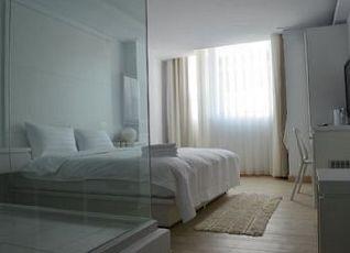 レッドホテル 写真