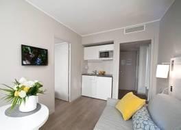 レジドホーム マルセイユ サン シャールレ 写真