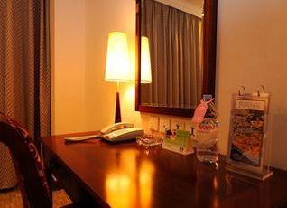 ハワード ジョンソン パラゴン ホテル 写真