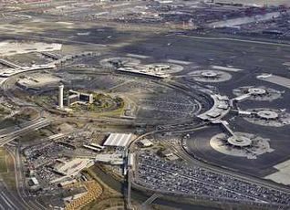 ニューアーク リバティー インターナショナル エアポート マリオット 写真