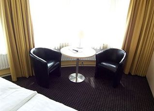 ホテル エンパイア 写真