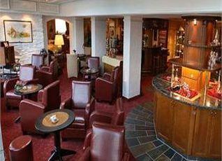 ロマンティック ホテル シュロス ラインフェルス 写真