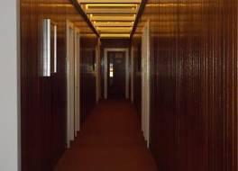 ディ イースタン ホテル 写真