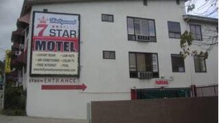 Hollywood 7 Star Motel