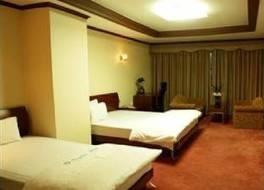 グミ ホテル 写真