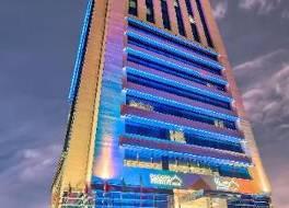 サラ コーニッシュ ホテル