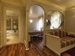 ホテル コロンバ ドオロ 写真