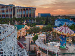 Disney Paradise Pier 写真