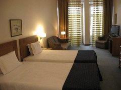 トゥウラル ホテル 写真