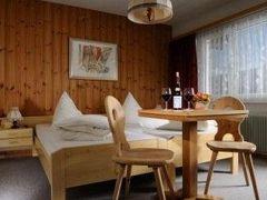 Hotel Kruezli 写真