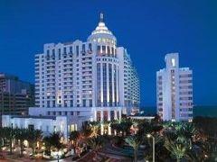 ロウズ マイアミビーチ ホテル 写真