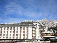 ホテル アラスカ コルティナ 写真