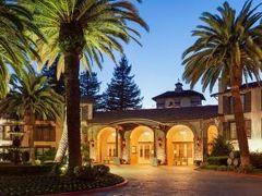 エンバシー スイーツ ナパ バレー ホテル 写真