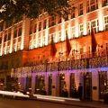 写真:ザ メイ フェア ホテル