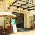 写真:アルバ ホテル