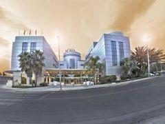 ホテル マス カマレナ 写真
