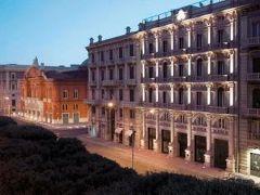 オリエンテ ホテル 写真
