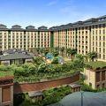 写真:リゾート ワールド セントーサー フェスティブ ホテル