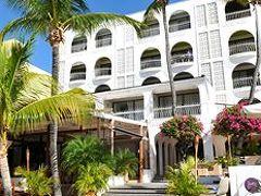 Holland House Beach Hotel 写真