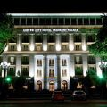 写真:タシュケント パレス ホテル