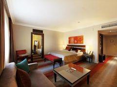 グランド アルミラ ホテル 写真