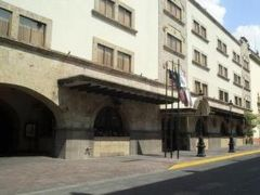 ホテル デ メンドーザ 写真
