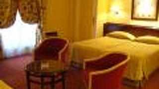 ル ビュルガンディ ホテル