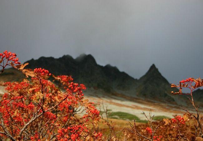 6時間歩いた末の見事な山岳紅葉