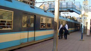 カイロの地下鉄は女性専用車両あり!