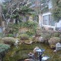 庭園のある純和風温泉宿。静かに時間を過ごせます。(長生館)
