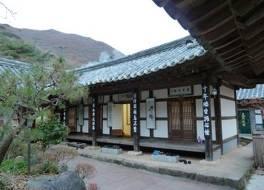 ユソングァン (遊仙館)