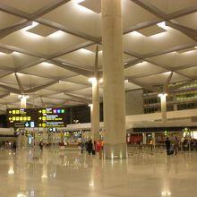 マラガ空港 (AGP)