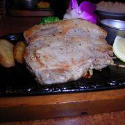 肉厚&ボリューミィ!アグー豚のステーキ!