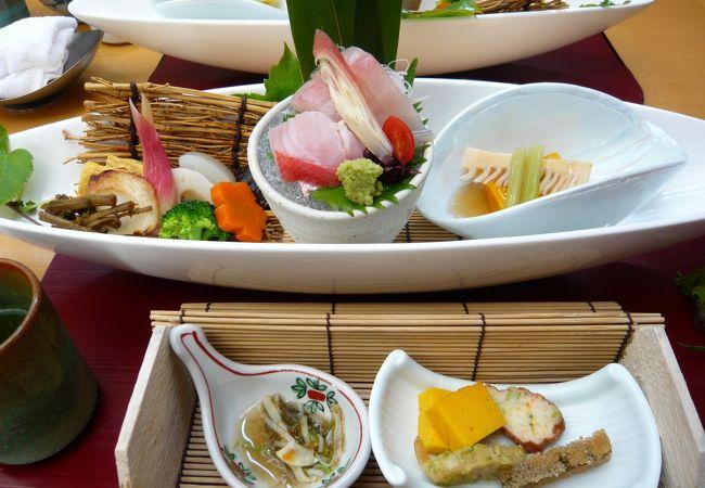 成田山新勝寺参道の落ち着いた和食