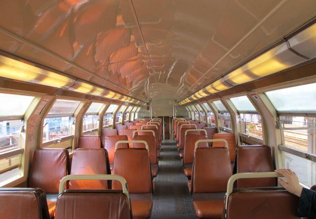 二階建ての列車(ベルサイユ行き)